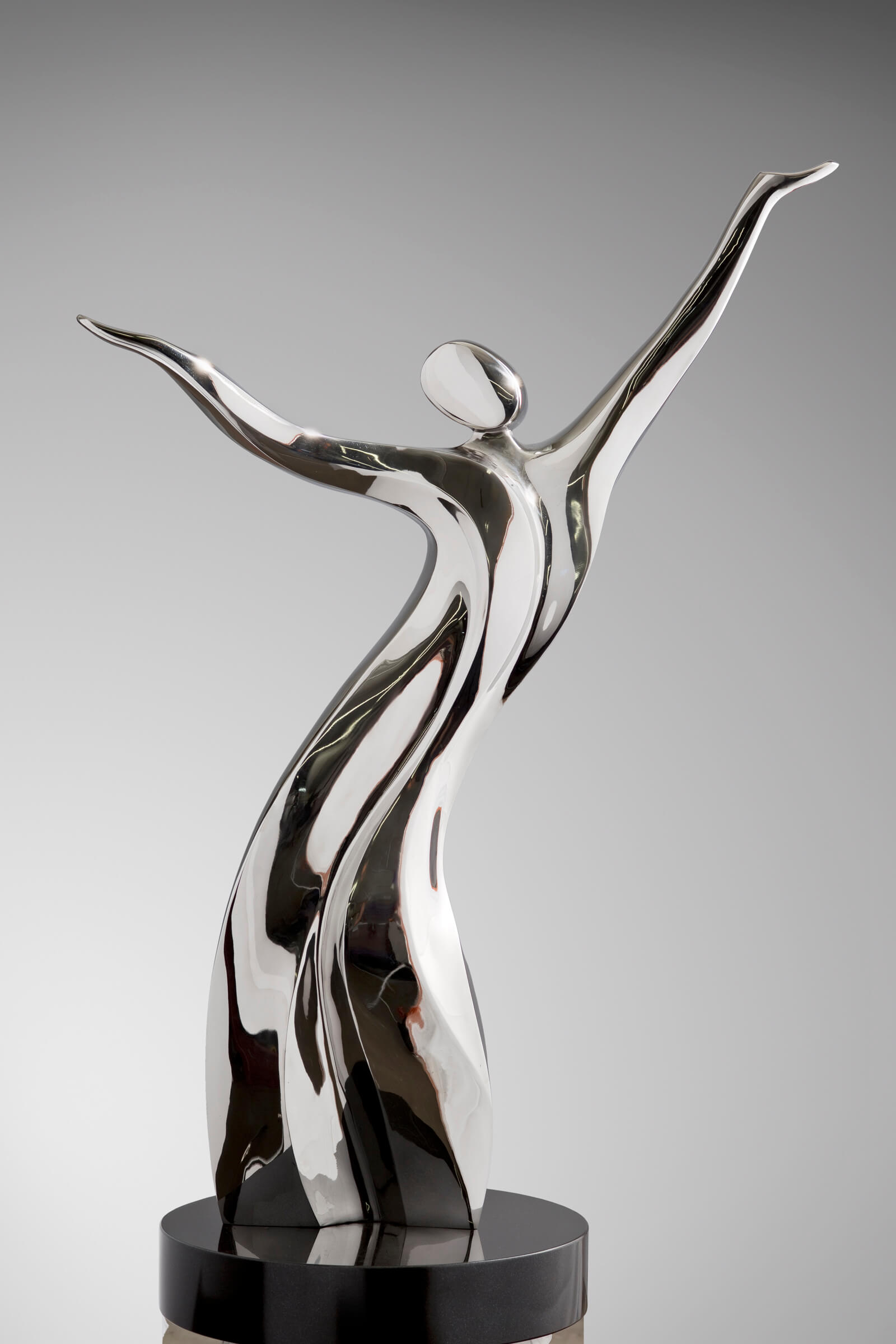 Figurative, Stainless Steel