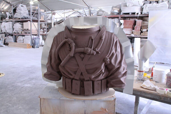 Clay Naval diving torso - front view
