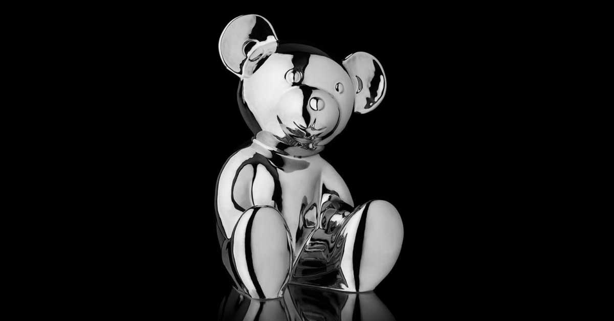 Luxury German department store Breuninger has launched a limited edition sculpture in the shape of an animal.psd
